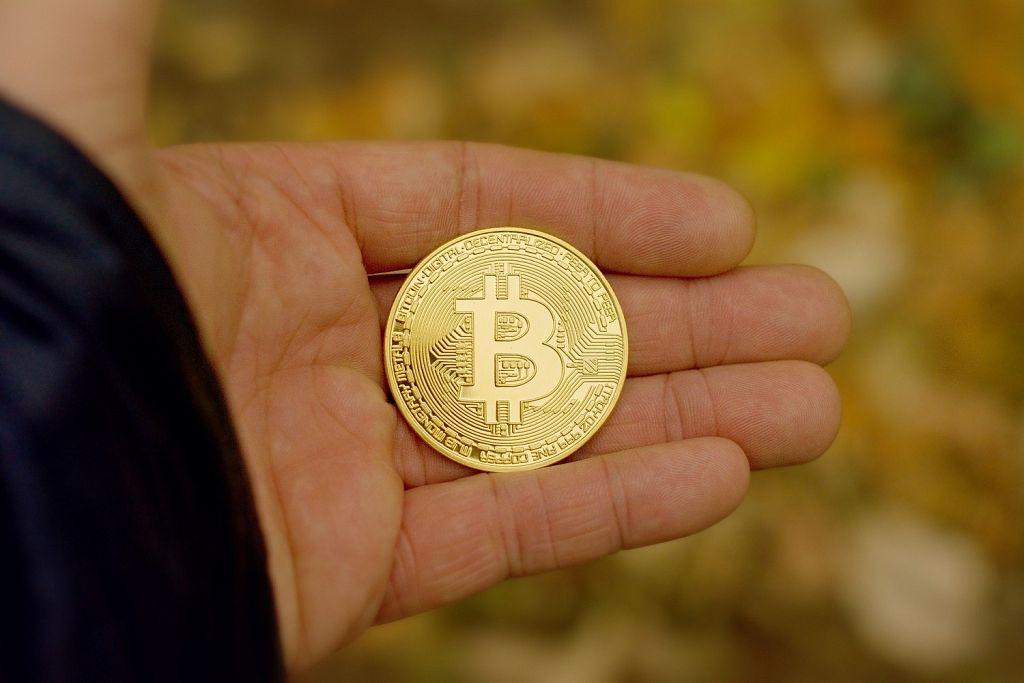 populārākās kriptovalūtas monētas, kurās ieguldīt bināro opciju labākie roboti